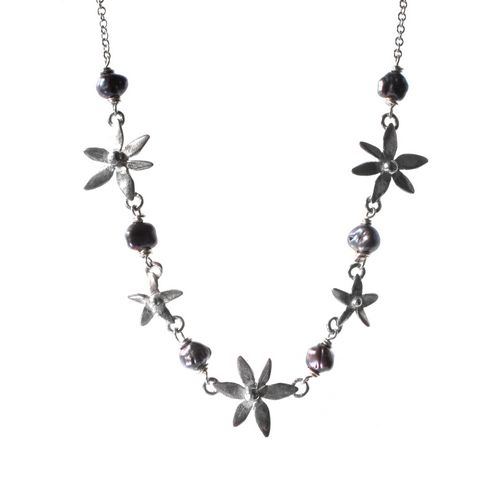 5 Flower Necklace
