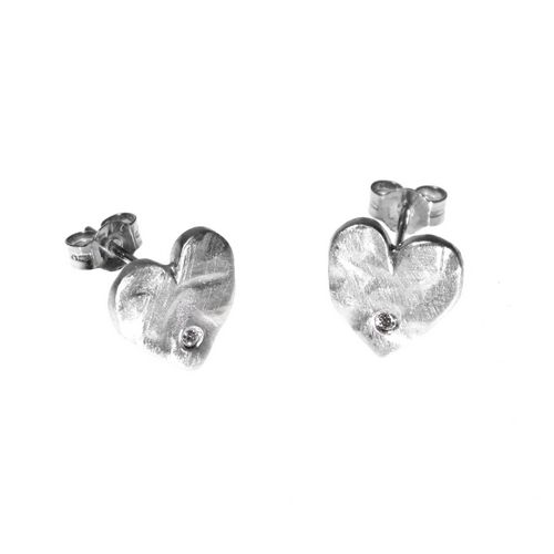 10mm Heart Studs with Diamonds