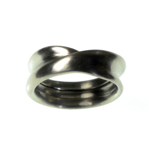 Twist Ring White Gold